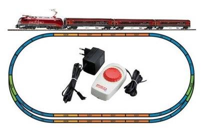 Стартовый набор пассажирского поезда Piko Taurus - 57172