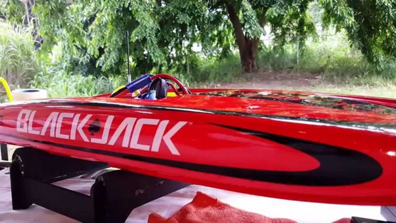 ProBoat Blackjack 29 V3 Brushless
