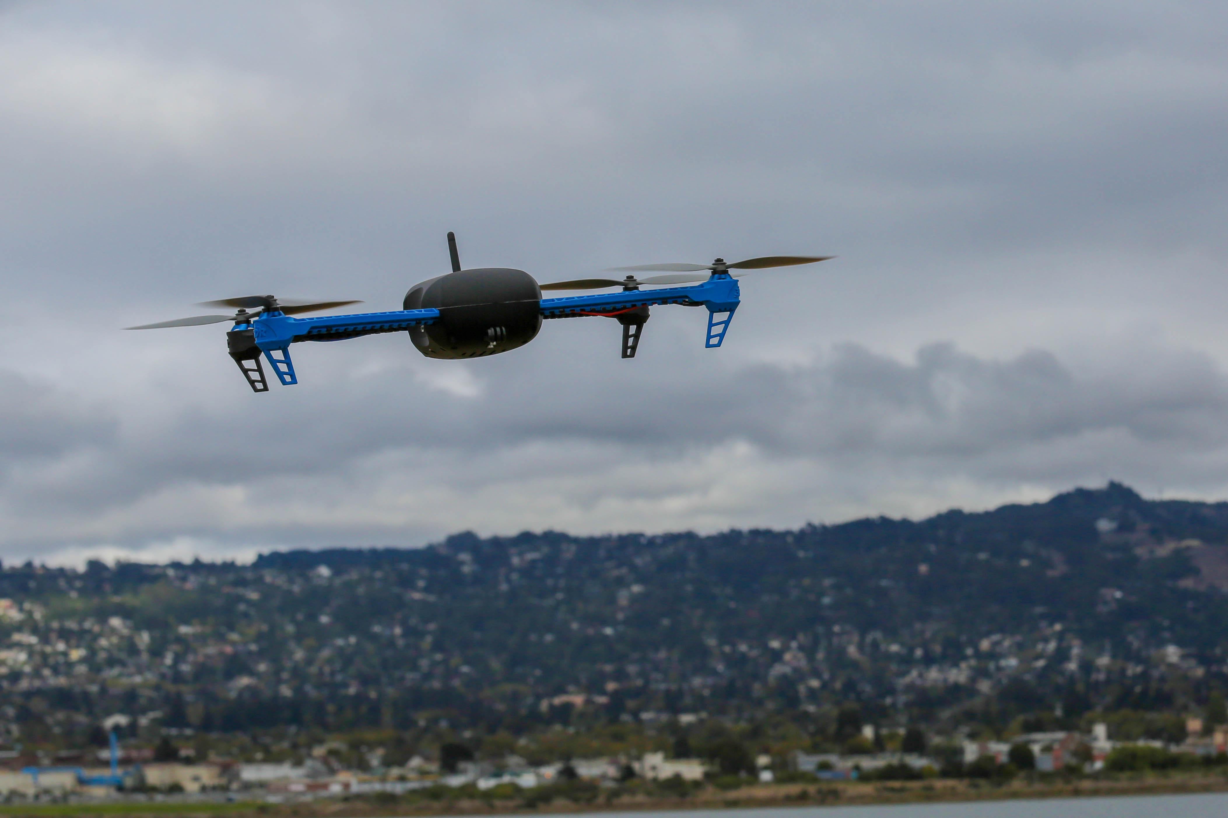 Максимальная дальность полета квадрокоптера cable micro usb dji стоимость с доставкой